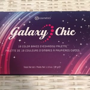Galaxy Chic 18 Color Eyeshadow Pallet